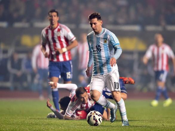 Argentina bị cầm chân, Brazil thắng nhọc nhằn - Ảnh 1.