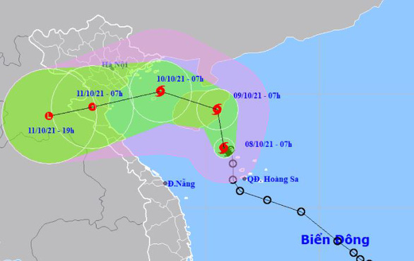 Tâm bão số 7 đang ở Tây Bắc Hoàng Sa, giật cấp 10 - Ảnh 1.