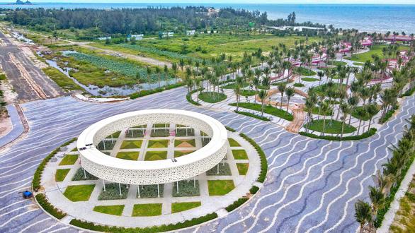 Thanh Long Bay – sống cân bằng trong không gian xanh bên bờ biển - Ảnh 1.