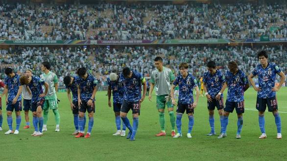 Trung Quốc hồi sinh, tuyển Nhật rơi vào thế khó - Ảnh 1.