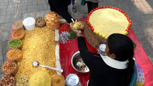 Ấn Độ tìm danh phận cho ẩm thực đường phố - Ảnh 1.