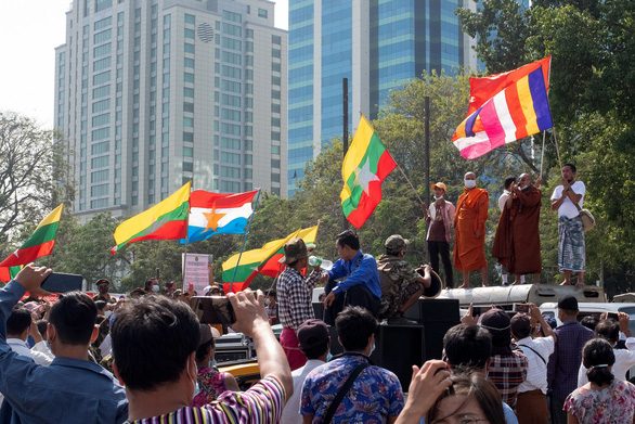 شرکت های خارجی از وضعیت میانمار شوکه شده اند - عکس 1.