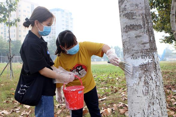 Sinh viên định ở lại Sài Gòn xuyên Tết 'trở tay không kịp' trước dịch COVID-19 - Ảnh 4.