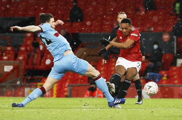 McTominay tỏa sáng trong hiệp phụ, Man Utd thắng nhọc nhằn West Ham ở Cúp FA - Ảnh 2.