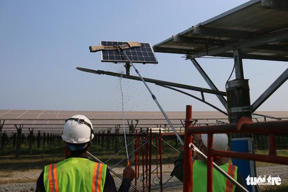 Yêu cầu chủ đầu tư điện năng lượng tái tạo tiết giảm công suất dịp Tết - Ảnh 1.