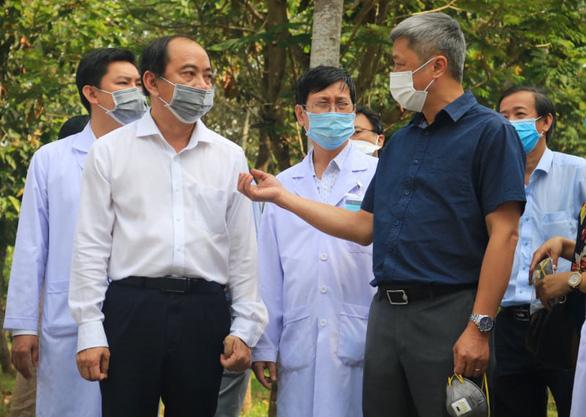 Thứ trưởng Bộ Y tế Nguyễn Trường Sơn: 'Cơ hội đuổi theo virus của TP.HCM vẫn còn, nếu….' - Ảnh 2.