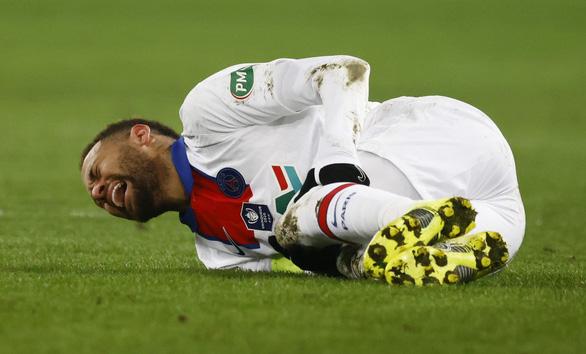 Điểm tin thể thao sáng 11-2: Barca thua Sevilla, Neymar dính chấn thương - Ảnh 2.