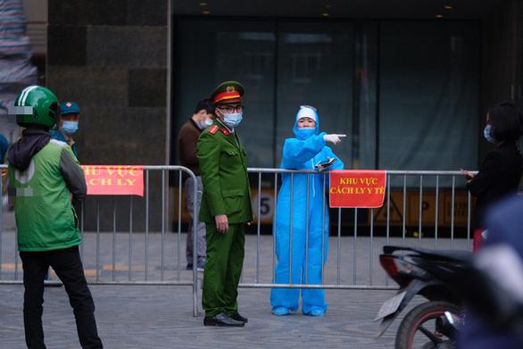 Ổ dịch COVID-19 ở sân bay Tân Sơn Nhất cơ bản được kiểm soát - Ảnh 3.