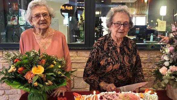Bí quyết sống thọ của những cụ bà trăm tuổi ở Pháp - Ảnh 2.