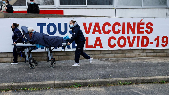 Người đã khỏi COVID-19 chỉ cần tiêm 1 liều vắc xin - Ảnh 1.