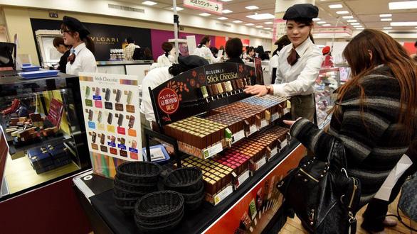 Nam giới Nhật hết thời khi giri choco ngày Valentine ở Nhật trên bờ tuyệt chủng - Ảnh 1.