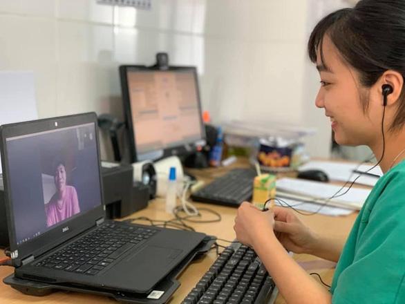 Valentine đặc biệt của y bác sĩ bệnh viện điều trị bệnh nhân COVID-19 tại Quảng Ninh - Ảnh 3.