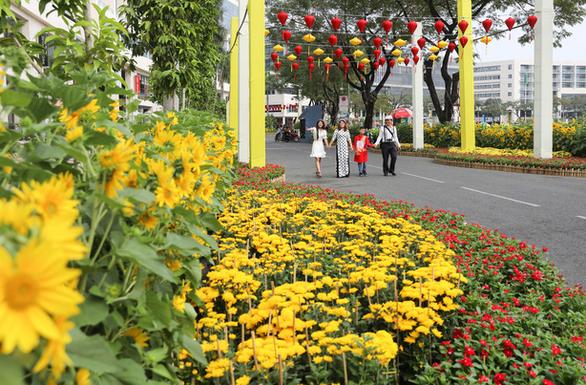 Muôn sắc những cung đường mùa xuân - Ảnh 5.