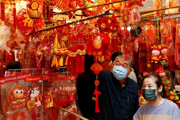 Các cặp đôi Trung Quốc đổ xô đi ly hôn vì sợ 1 tháng suy nghĩ lại - Ảnh 1.