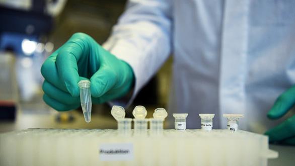Thế giới sắp có thêm vắc xin CureVac ngừa COVID-19 - Ảnh 1.