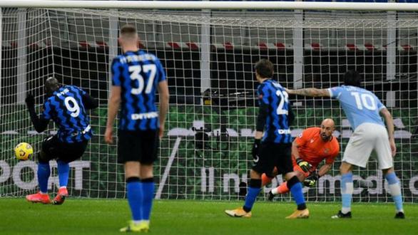 Lukaku rực sáng đưa Inter Milan lên đầu bảng - Ảnh 2.
