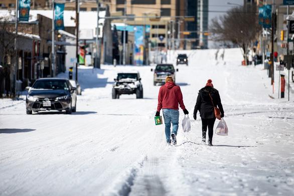 7 bang ở Mỹ lạnh đến mức khẩn cấp, nước Anh âm 23 độ C lạnh nhất 25 năm - Ảnh 1.