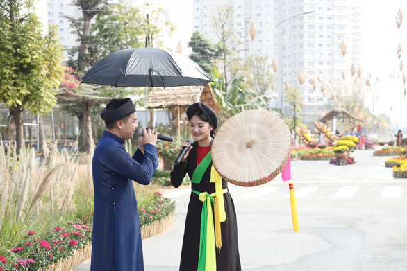 Du xuân an toàn tại Đường hoa Home Hanoi Xuân - Ảnh 5.