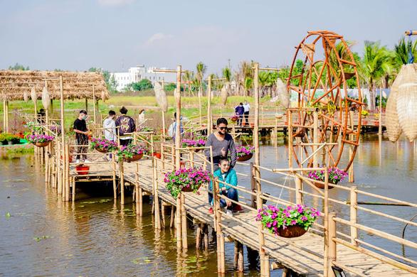 Du xuân an toàn tại Đường hoa Home Hanoi Xuân - Ảnh 7.