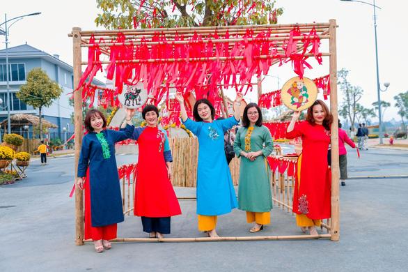 Du xuân an toàn tại Đường hoa Home Hanoi Xuân - Ảnh 6.