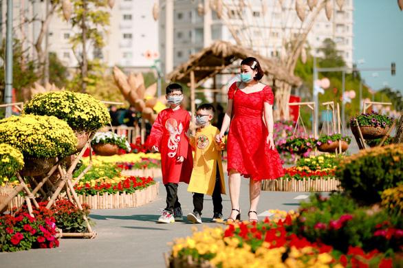Du xuân an toàn tại Đường hoa Home Hanoi Xuân - Ảnh 1.
