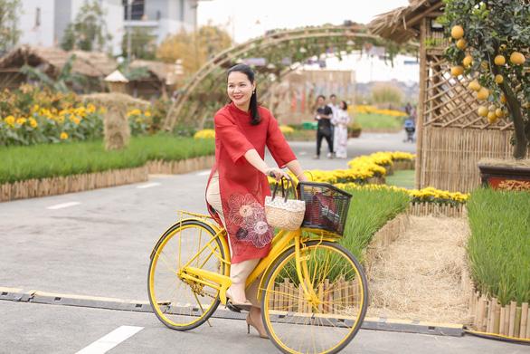 Du xuân an toàn tại Đường hoa Home Hanoi Xuân - Ảnh 2.