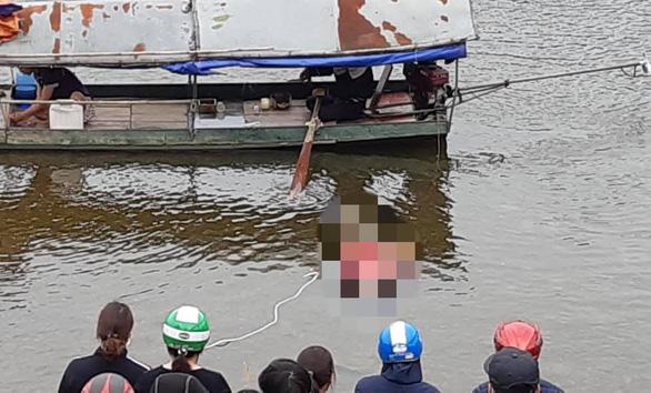 Tìm thấy thi thể nữ sinh nhảy cầu Tình Húc tự tử sáng mùng 1 Tết - Ảnh 1.
