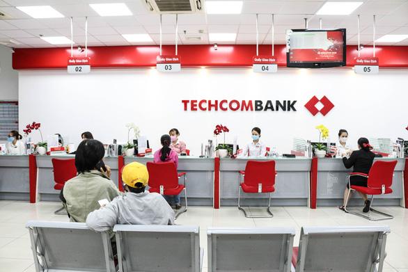 Ngân hàng đầu tiên tại Việt Nam có tỉ lệ tiền gửi không kỳ hạn vượt 45% - Ảnh 1.
