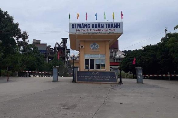Hơn 60 lao động Hải Dương ở nhà máy xi măng Quảng Nam âm tính với COVID-19 - Ảnh 1.