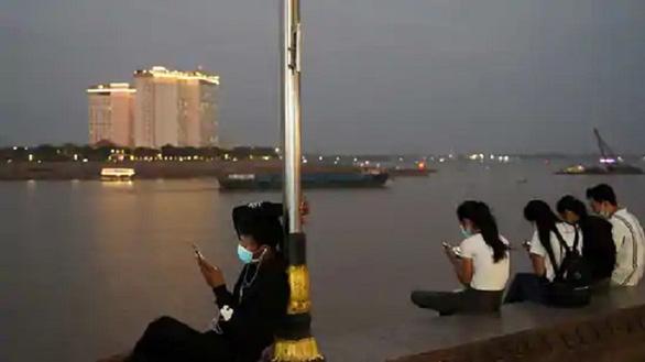 Campuchia bác bỏ nghi ngờ sẽ kiểm duyệt Internet kiểu Trung Quốc - Ảnh 1.