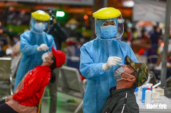 TP.HCM cách ly tập trung 186 người đến từ vùng dịch sau Tết Nguyên đán - Ảnh 1.