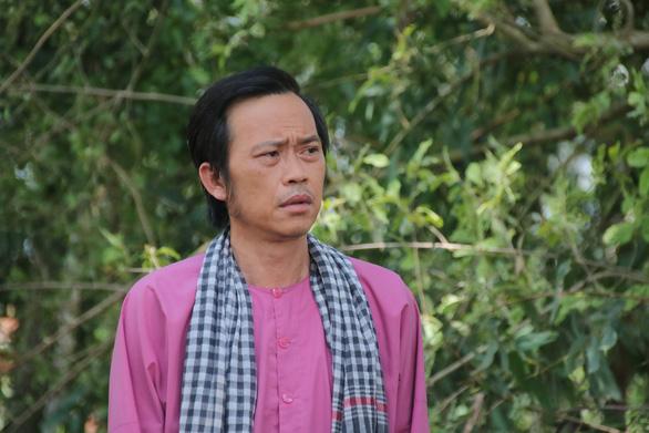 Hoài Linh làm giám khảo Thách thức danh hài mùa 7 - Ảnh 1.