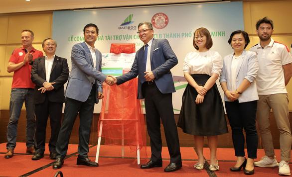 Lee Nguyễn và CLB TP.HCM được bay miễn phí ở V-League và Cúp quốc gia 2021 - Ảnh 1.