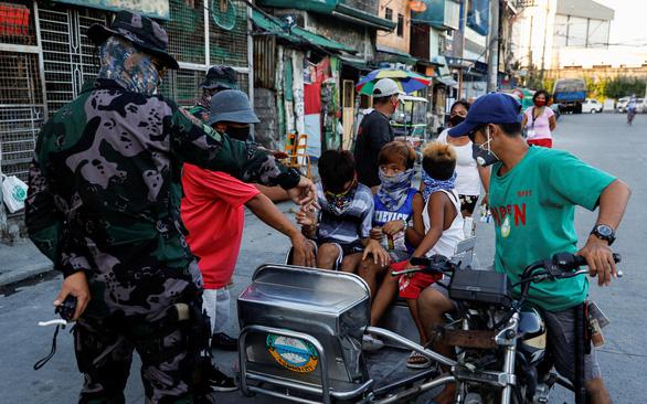 Philippines, Indonesia sắp nhận vắcxin từ COVAX - Ảnh 1.