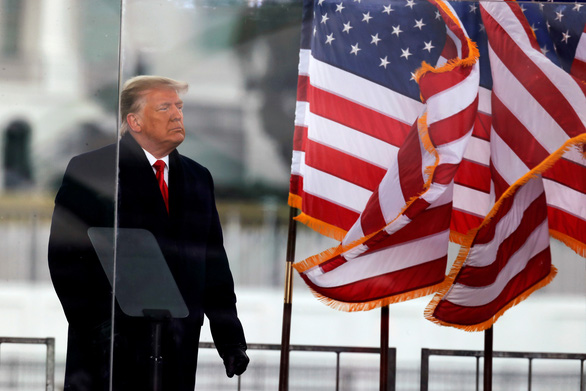 Các nghị sĩ Dân chủ khẳng định luận tội ông Trump không vi hiến - Ảnh 1.