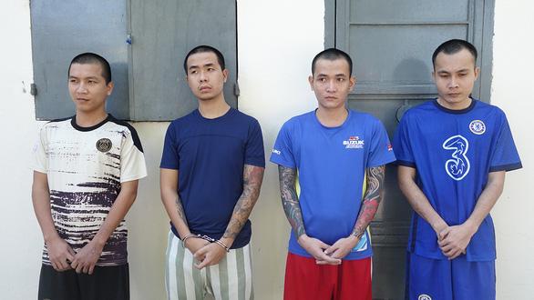 Bắt 16 nghi phạm liên quan vụ 'hỗn chiến' trên QL91 - Ảnh 2.