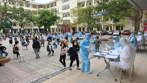 Big cities closely monitor the return of people after Tet - Photo 2.