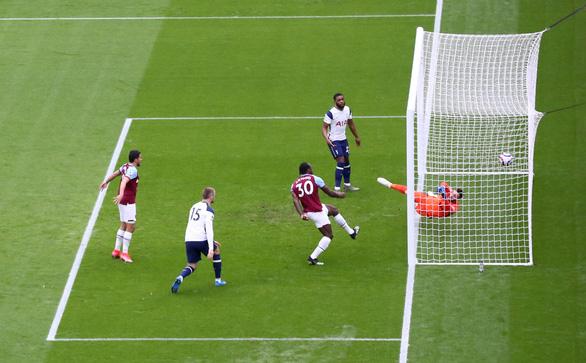Gareth Bale đá hay, Tottenham vẫn thua - Ảnh 2.