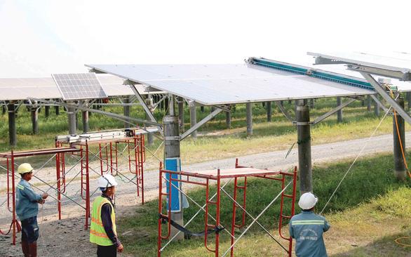Thừa điện, phải giảm điện tái tạo - Ảnh 1.
