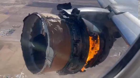 Boeing ngừng bay toàn bộ dòng 777 sau sự cố cháy động cơ - Ảnh 2.