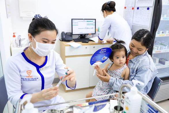 Sẵn sàng các điều kiện nhập vắc xin COVID-19 cần bảo quản âm sâu - Ảnh 2.