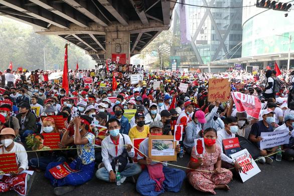 Myanmar phải dừng ngay đàn áp người biểu tình - Ảnh 1.