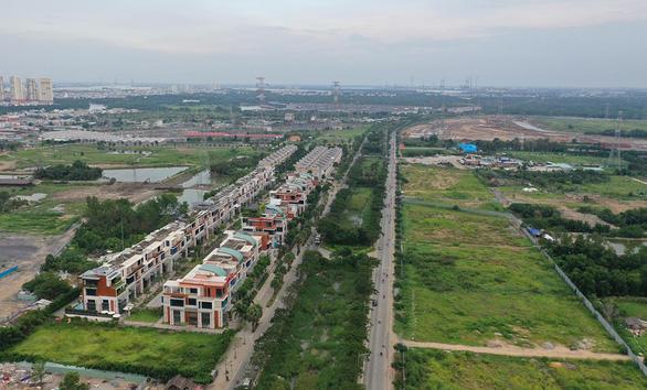 Thu hồi thêm đất hai bên đường để bán đấu giá: Giá bồi thường cao: dân sẽ ủng hộ - Ảnh 1.