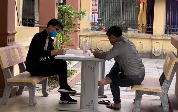 Hà Nội đề xuất mua 15 triệu liều vắc xin phòng COVID-19 tiêm cho người dân - Ảnh 1.