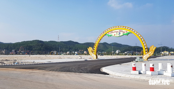 Lợi dụng chính quyền lo dập dịch, một công ty lấn chiếm 16.000m2 đất ngoài chỉ giới - Ảnh 2.