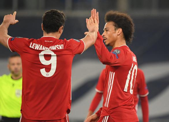 Đại thắng Lazio, Bayern Munich đặt một chân vào tứ kết Champions League - Ảnh 3.