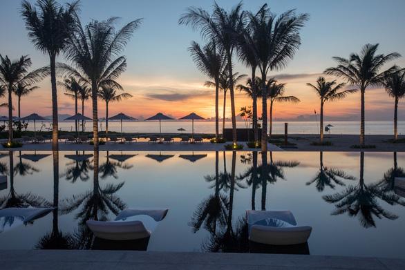 Công ty Vịnh Thiên Đường cùng ALMA Resort được bình chọn Top 10 khu nghỉ dưỡng tốt nhất năm 2020 - Ảnh 1.