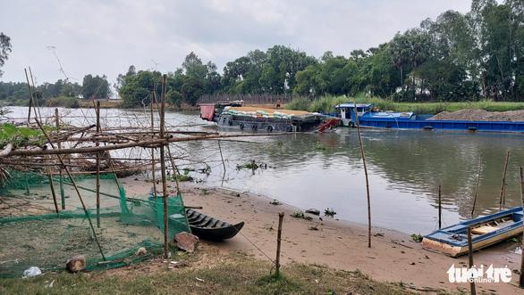 An Giang chi 230 tỉ đồng nạo vét kênh Vĩnh Tế - Ảnh 1.
