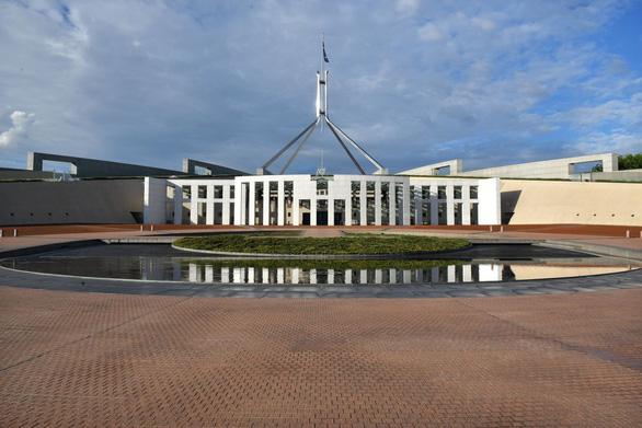 Thượng viện Úc thông qua luật bắt Facebook, Google trả tiền báo chí - Ảnh 1.
