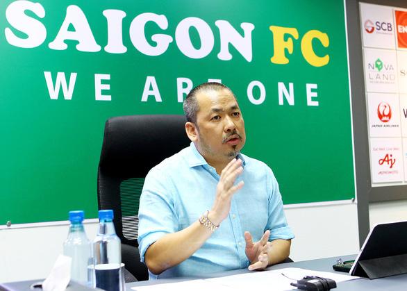 CLB Sài Gòn công bố HLV người Nhật, đưa 2 cầu thủ Đông du - Ảnh 2.